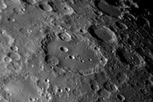 Лунный кратер Клавий