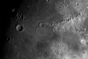 Панорама кратеров Коперник, Эратосфен и гор Апеннины
